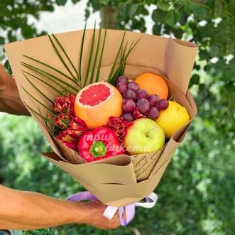 Букет из альстромерий и фруктов фото