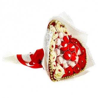 Букет с конфетами «Raffaello» и «Nue»