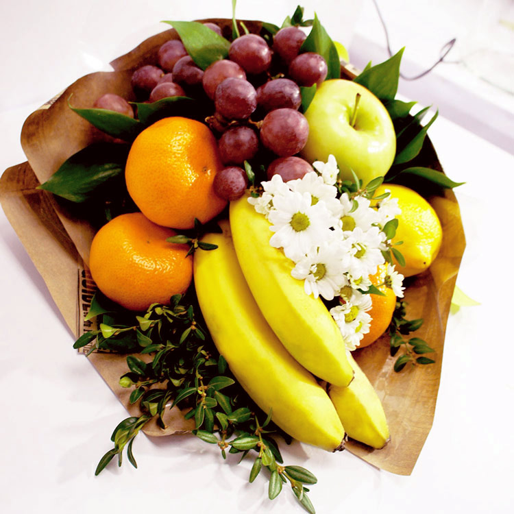 Букет из бананов и мандаринов (вид сверху)
