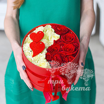Розы в коробке на 14 февраля