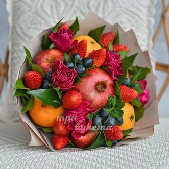 Фруктовый букет с розами фото