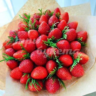 Букет из 40 ягод клубники